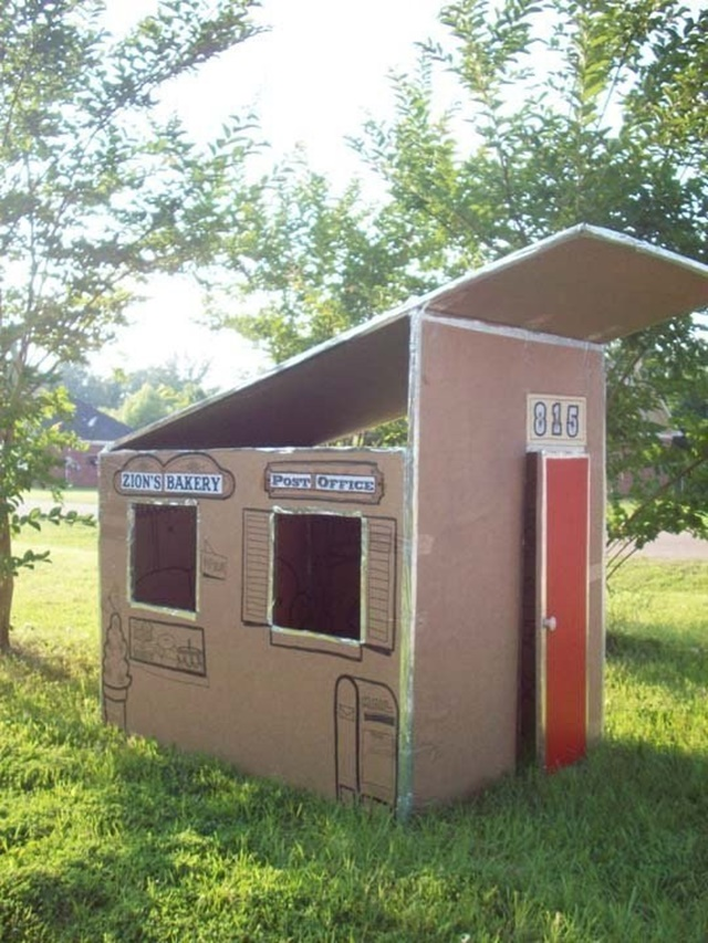 Backyard Cardboard Playhouse-20 Awesome Ways to Recycle Cardboard Box for Kids