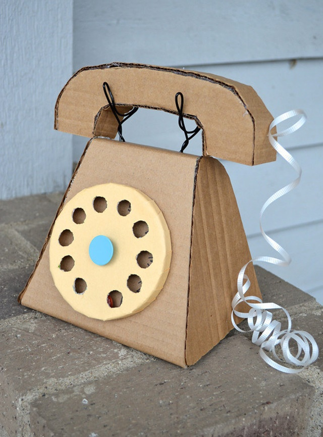 Cardboard Phone - 20 Awesome Ways to Recycle Cardboard Box for Kids