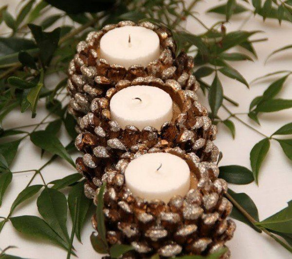Pinecone Candle Holders-20 Beautiful DIY Pinecone Craft Projects For Christmas Decoration