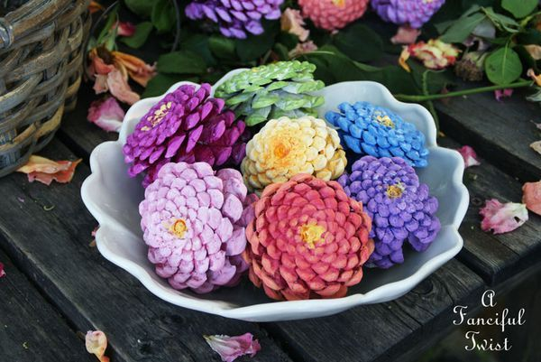 Paint Pinecone Flowers-20 Beautiful DIY Pinecone Craft Projects For Christmas Decoration