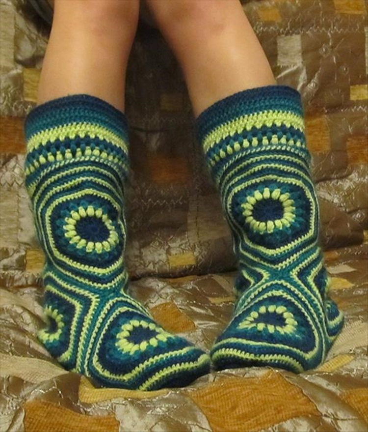 High Knee Crochet Slipper Boots Patterns To Keep Your Feet