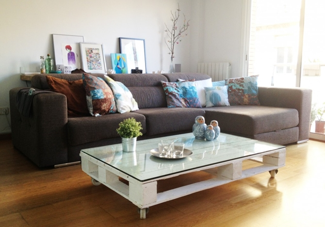DIYHowto 15 DIY Coffee Table Ideas And Free Plans With Instructions-DIY Wheeled Pallet Coffee Table