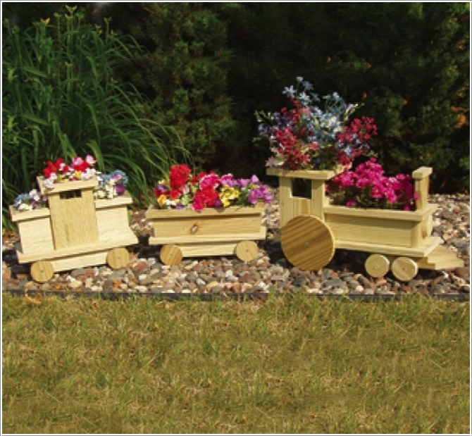 Dh Diy Train Planters From Wood Crate Picture