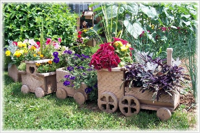 Diy Train Planter Projects Picture Instructions