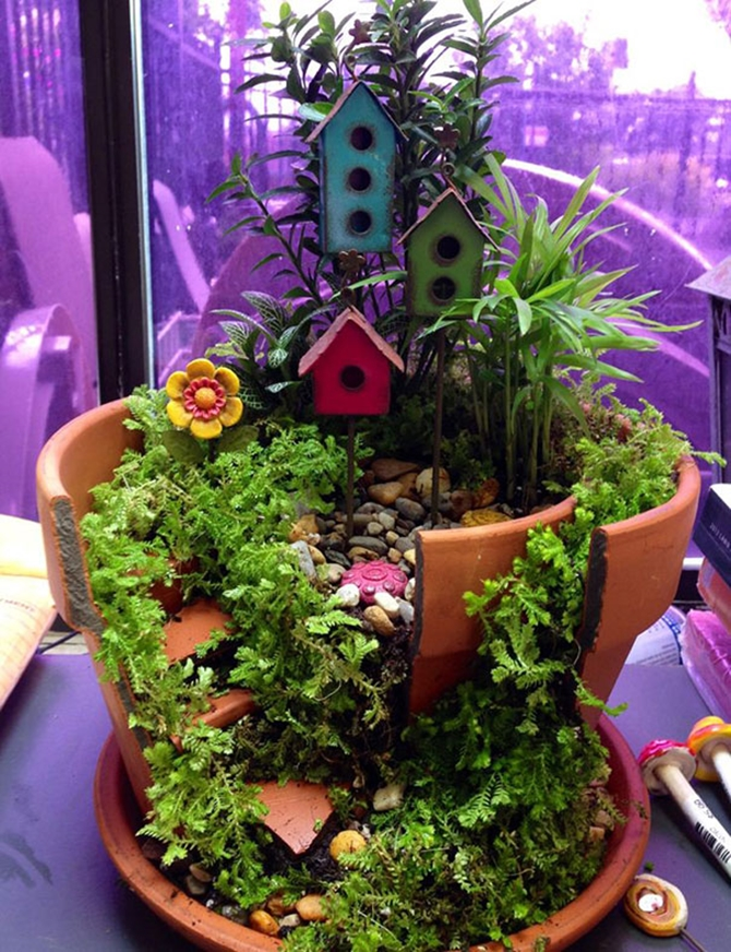 DIY Broken Clay Pot Fairy Garden Ideas