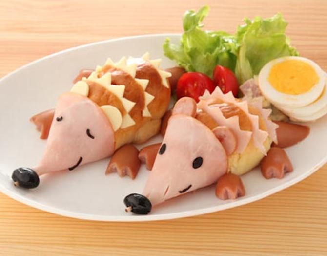 DIY Hedgehog Sandwiches-15 Fun Sandwich Ideas for Kids