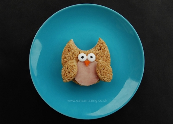 DIY Owl Sandwich-15 Fun Sandwich Ideas for Kids