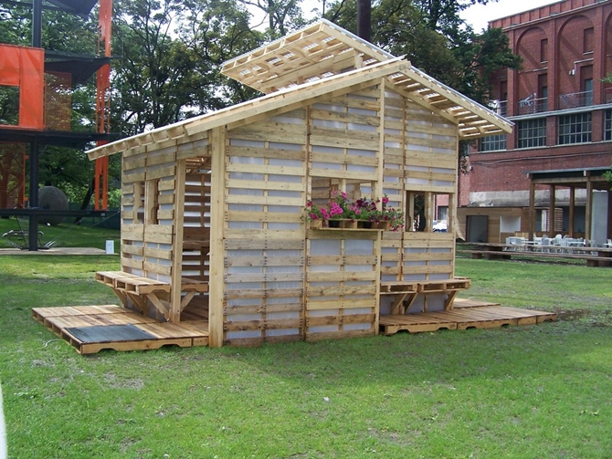 Diy pallet house plan for Diy cottage plans