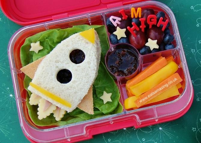 DIY Rocket Sandwich-15 Fun Sandwich Ideas for Kids