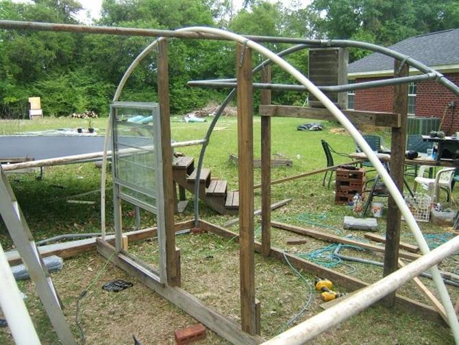 Diy Trampoline Frame Chicken Coop Inspiration 03 Diyhowto