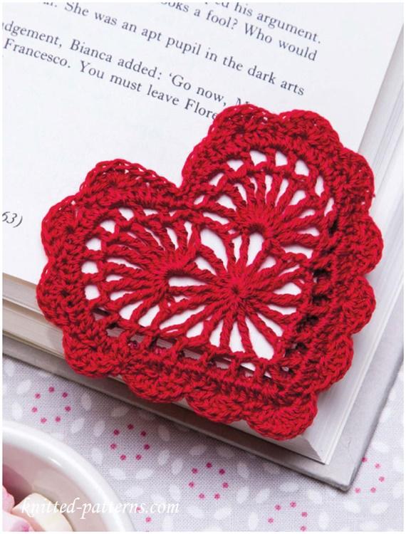 CrochetHeartBookmark FreePattern- Crochet Heart Applique Free Patterns
