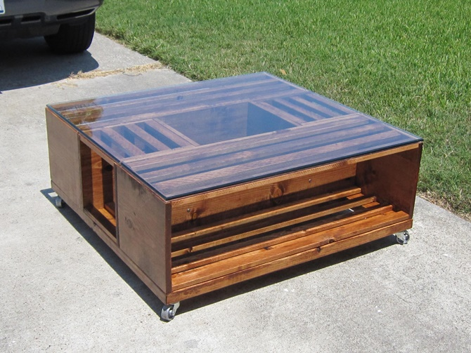 DIY Wine Fruit Wood Crate Coffee Table Free Plan - DIY Wood Crate Coffee Table Free Plans [Picture Instructions]