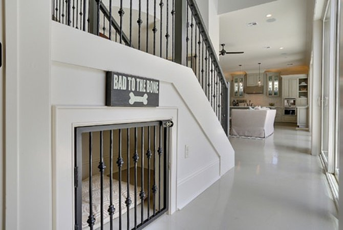Under the Stairs Dog House -20 Build-In Ideas to Use Space Under Stairs
