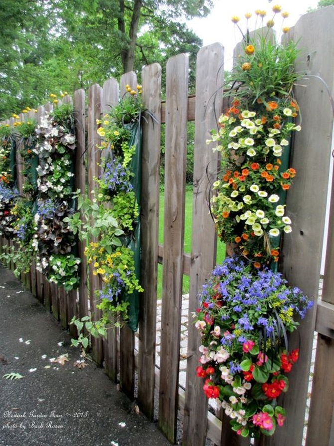 Vertical Hanging Flower Planter Garden Fence Decor-20 Backyard Fence Decoration Makeover DIY Ideas