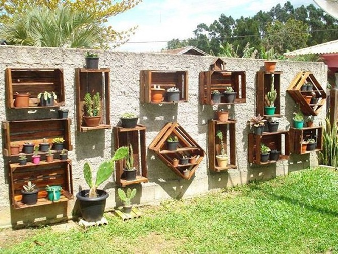 Wood Crate Planter Display Fence Decor 20 Fence Decoration Makeover DIY  Ideas