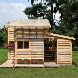 DIY Pallet House Plan