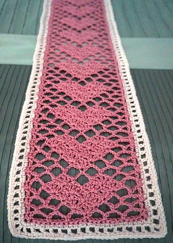 Sweetheart Lace Scarf Crochet Free Pattern Video - Crochet #Valentine; Heart #Gift; Ideas Free Patterns