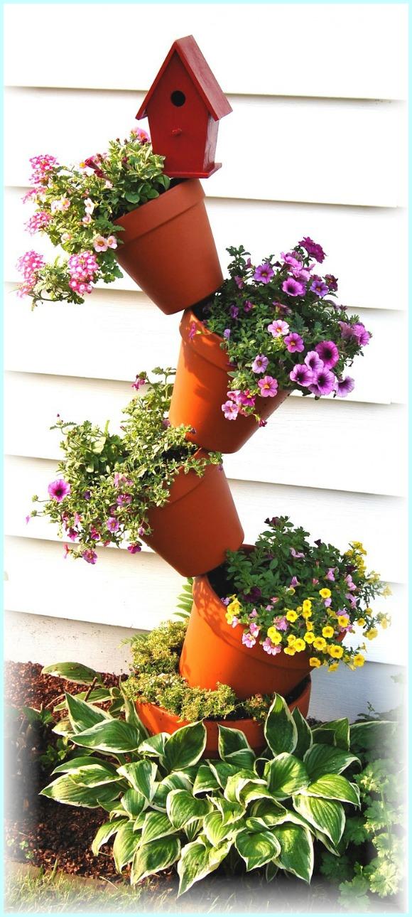 Tipsy Pot with Bird House DIY Instruction - DIY Tipsy #Vertical Pot Planter DIY Projects & Instructions #Gardening