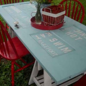 Turn Old Door Into Picnic Table